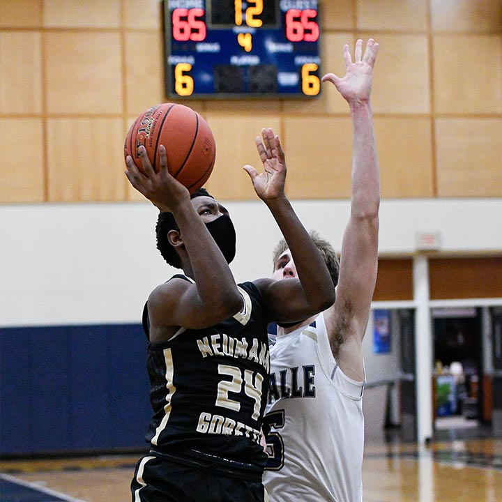 Robert Wright III Basketball Player Neumann-Goretti